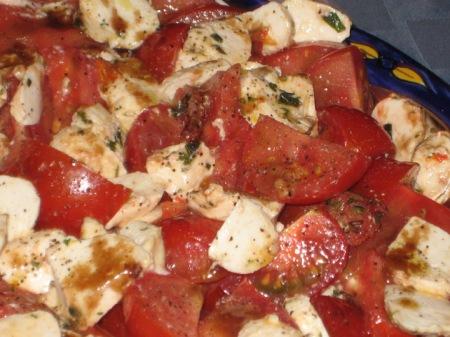 tomatoes-mozzarella